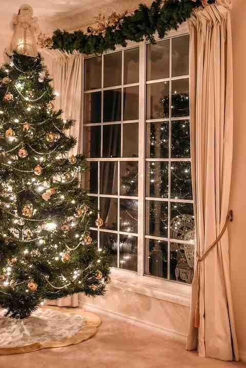 Comment brancher lumière de Noël extérieur ?