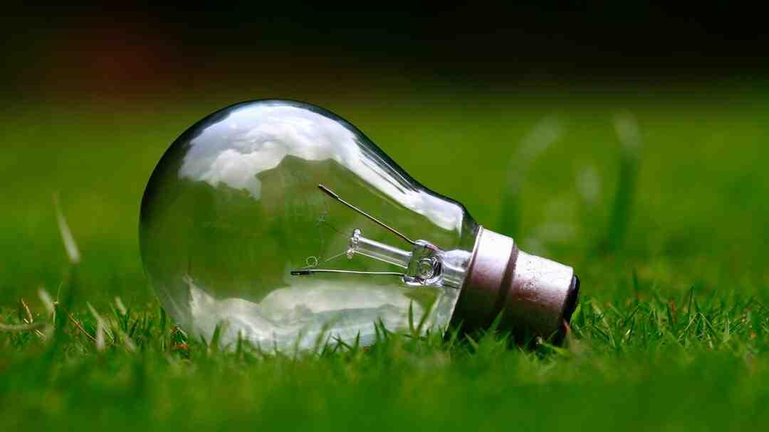 Comment changer une ampoule trop haute ?