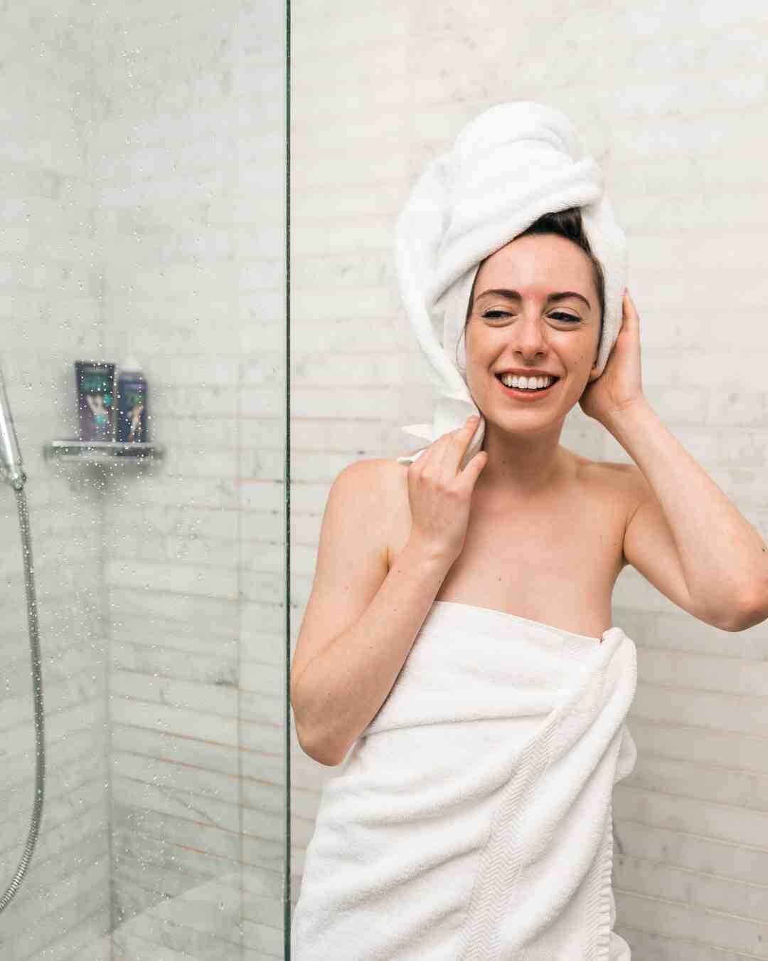 Comment raccorder un bac à douche ?