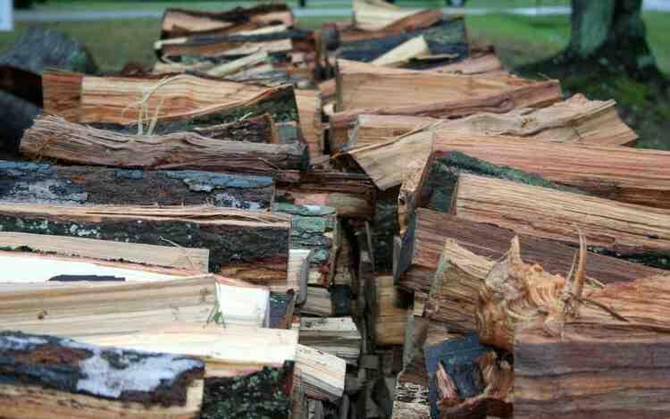 Où stocker du bois de chauffage ?