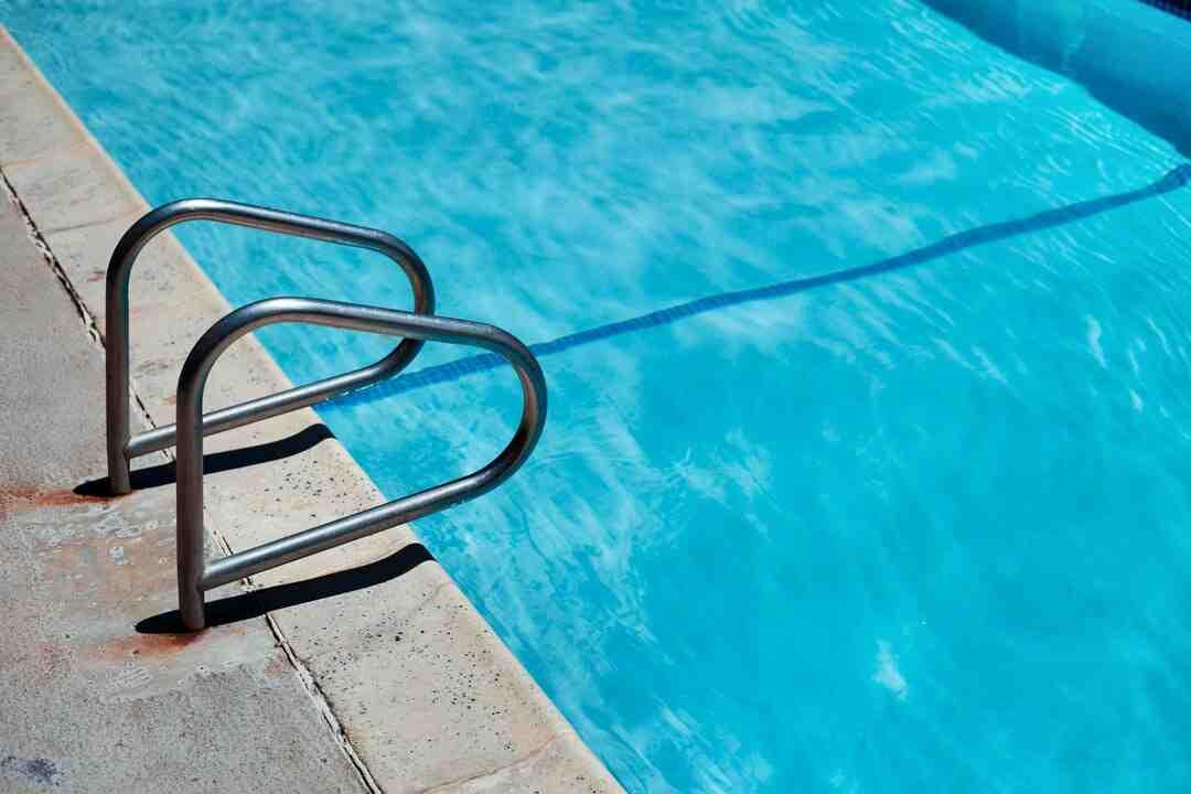 Quel produit pour l'entretien de la piscine ?