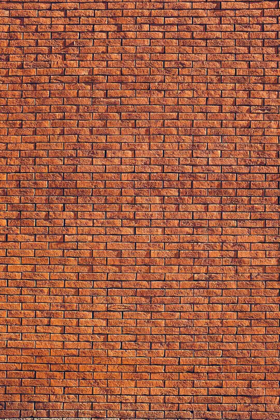 Comment construire un mur de soutènement en parpaing ?