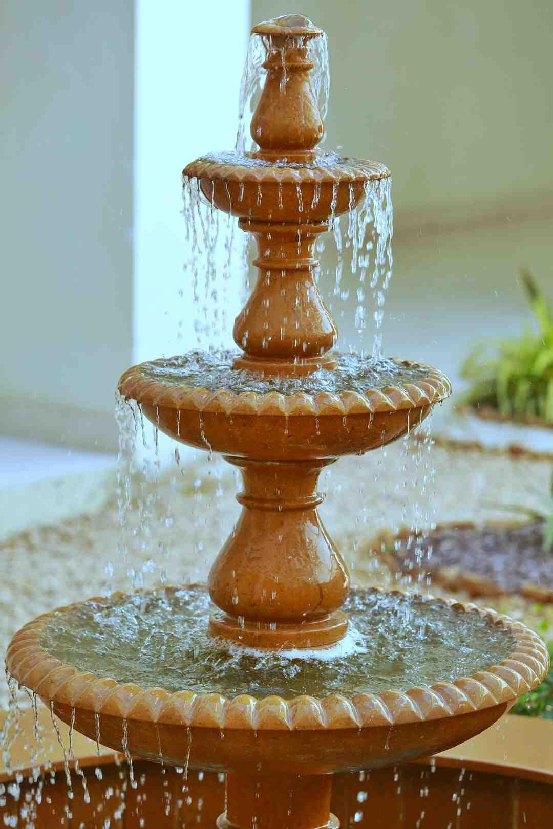 Comment faire une fontaine dans un bassin ?