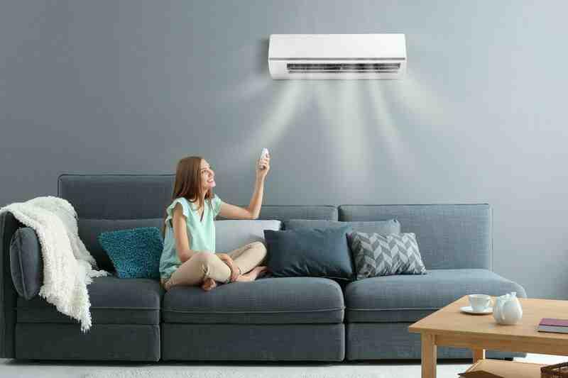 Comment fixer un climatiseur au mur ?
