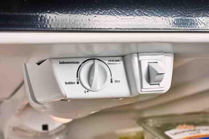 Comment régler le thermostat congélateur ?