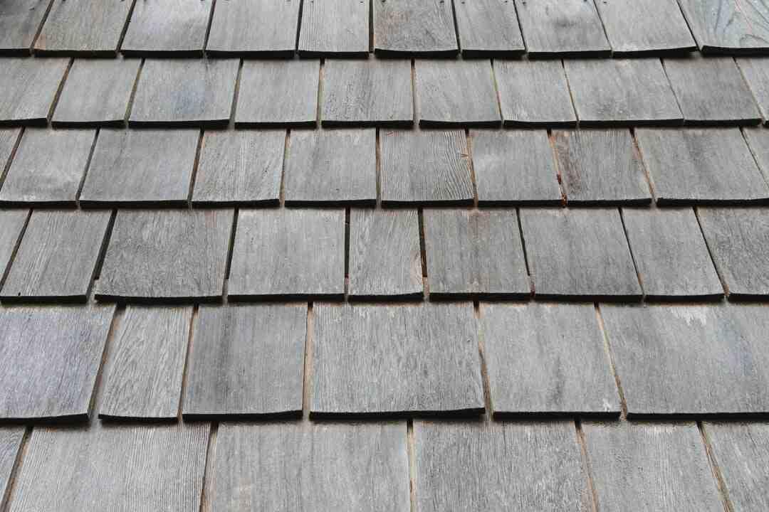 Comment faire un toit en tuile mécanique ?